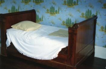 lit premier empire location tournage cin ma avec cast 39 things. Black Bedroom Furniture Sets. Home Design Ideas