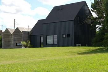 Maison contemporaine dans le loiret location tournage for Maison contemporaine loiret