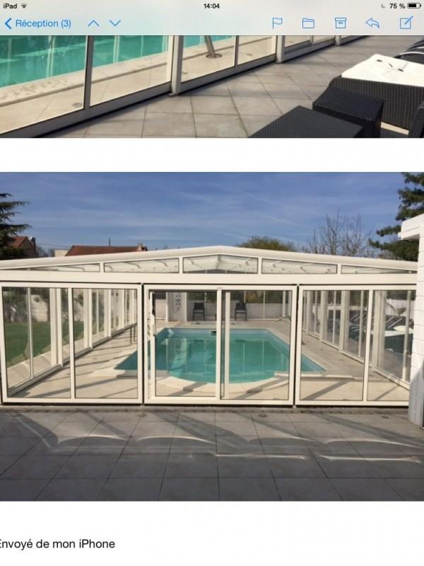 villa avec piscine dans le val d 39 oise location tournage. Black Bedroom Furniture Sets. Home Design Ideas