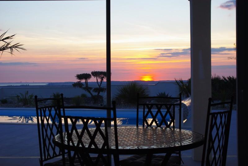Villa avec piscine vue sur mer et campagne location - Villa charente maritime avec piscine ...