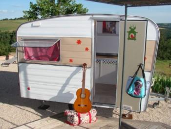 caravane 1971 relook e location tournage cin ma avec cast 39 things. Black Bedroom Furniture Sets. Home Design Ideas