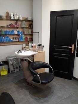 Salon de coiffure et boutique location tournage cin ma for Local a louer pour salon de coiffure
