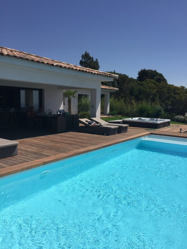 Villa en corse avec piscine vue mer location tournage - Location villa avec piscine en corse ...