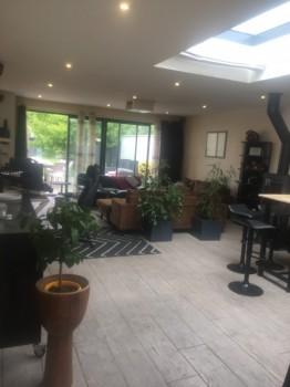 Maison esprit loft location tournage cin ma avec cast 39 things - Location maison pour film tournage ...