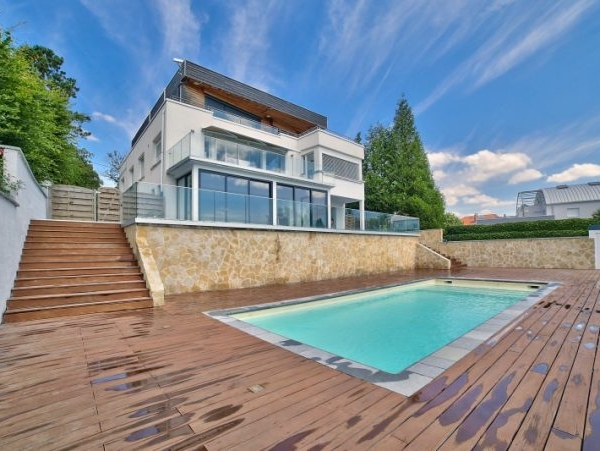 luxueuse villa avec piscine Nancy