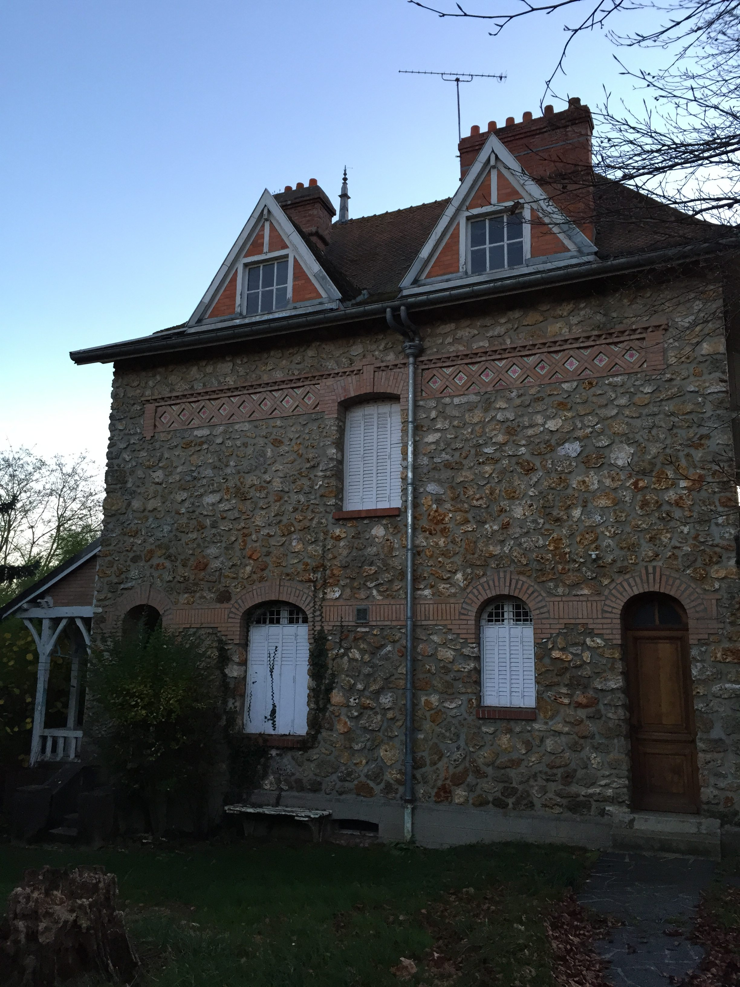 maison bourgeoise vide, Photo 2